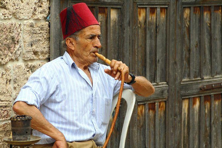 Hombre de El Líbano.
