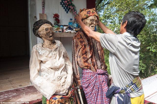 Muertos en Tana Toraja