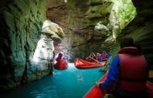 QUEENSTOWN: EXCURSION JET BOAT – CANOAS – 4X4 (opcional) (comida pic-nic durante la excursión)