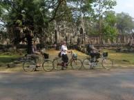 SIEM REAP. (El Río de los Mil Lingas y el Lago Tonle Sap)
