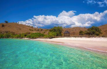pink_beach_komodo_