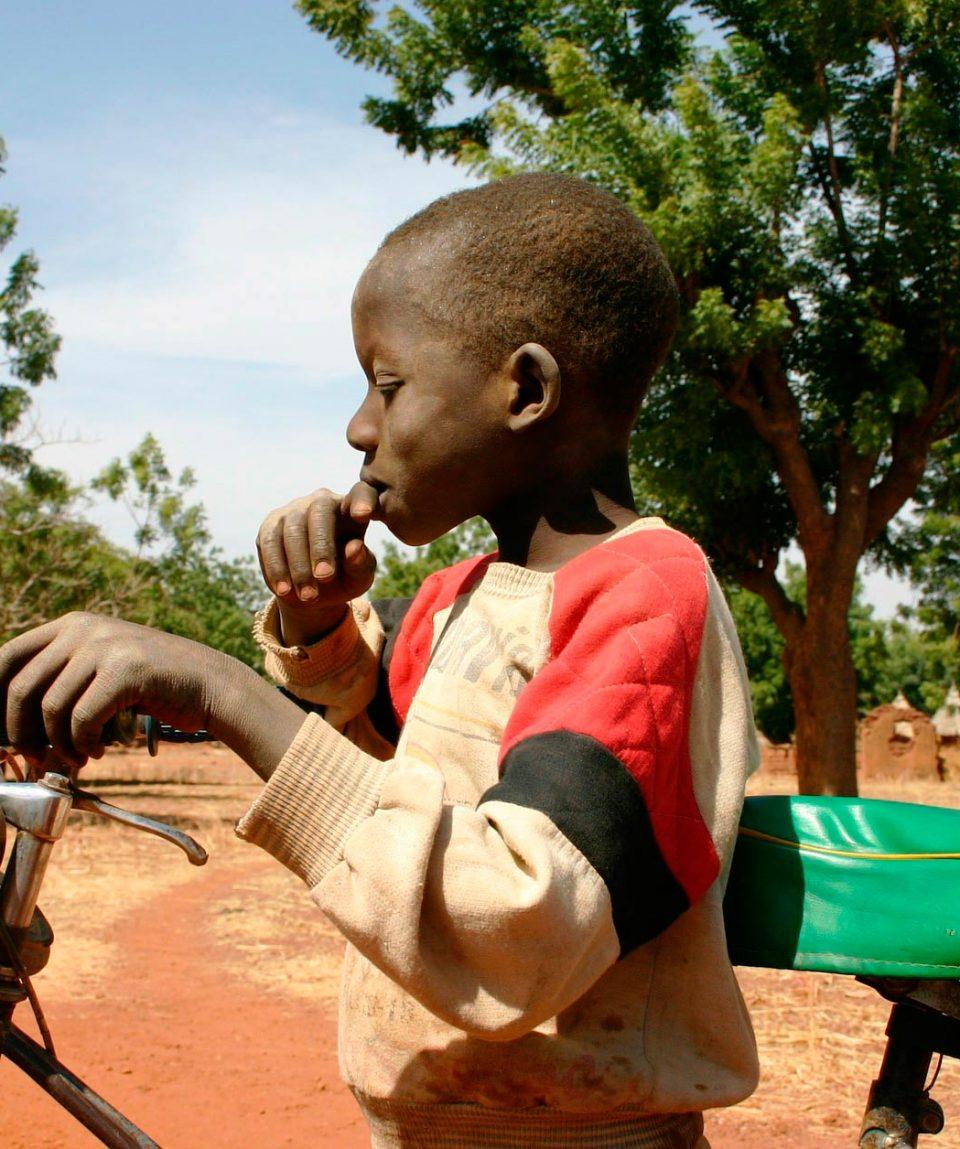 Viaje a Burkina FAso: Lobis, Senufos y Gurunsis