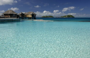 Infinity_PoolHotel Sofitel Bora Bora Marara Beach & Private Island