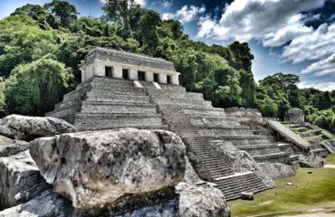 pyramid PALENQUE-1649598