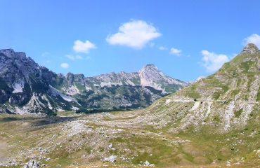 montañas balcanicas